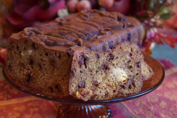 Pumpkin Cinnamon Chip Cheesecake Bread